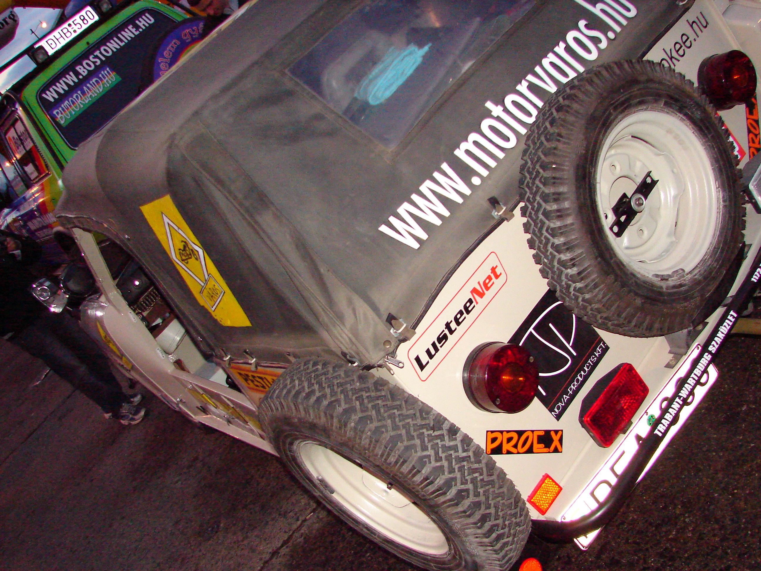 Trabant Cabrióval a Szaharában